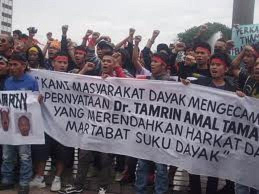 Dayak protes thamrin1