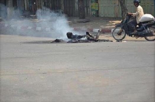 Muslim-Burma-dibakar